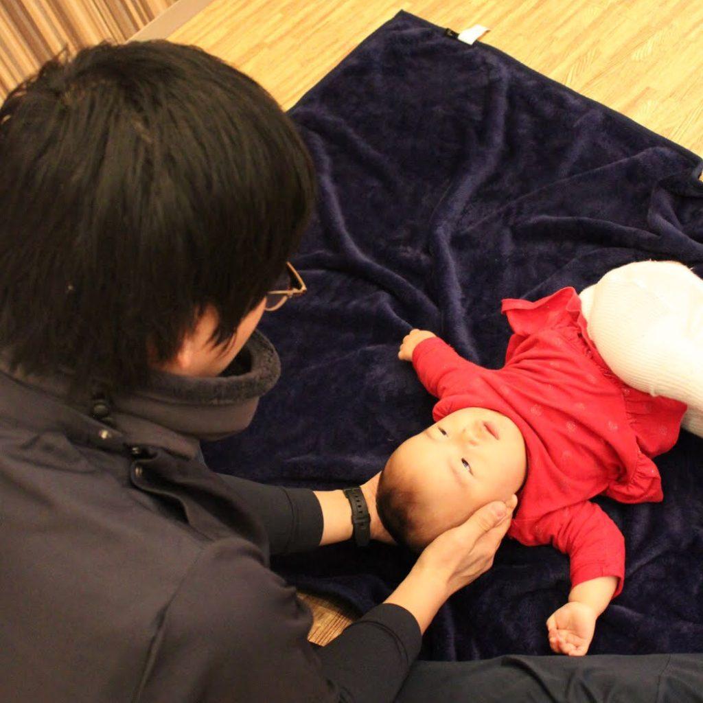 赤ちゃん整体イメージ